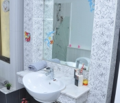 Bathroom Children Bedroom (Actual Footage)